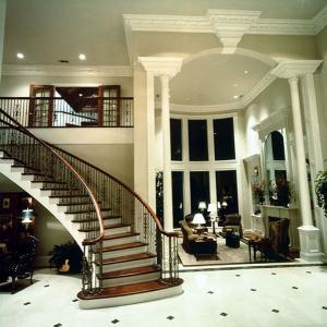 entrystair28
