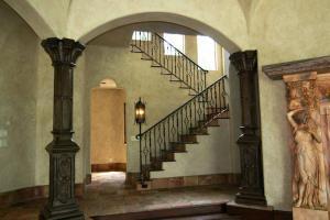 riordan-Stairs-2